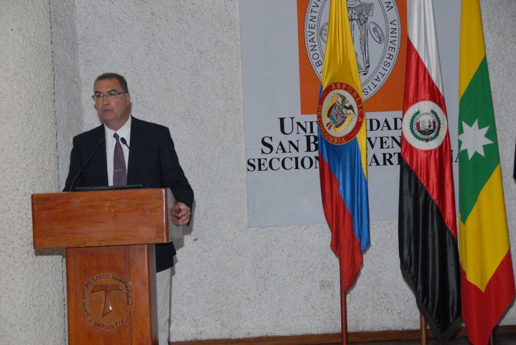 """dsc 0882 Ponencia """"La victimización terciaria en las personas privadas de libertad"""" en el 4º Simposio Internacional Penitenciario y de Derechos Humanos, Cartagena de Colombia"""