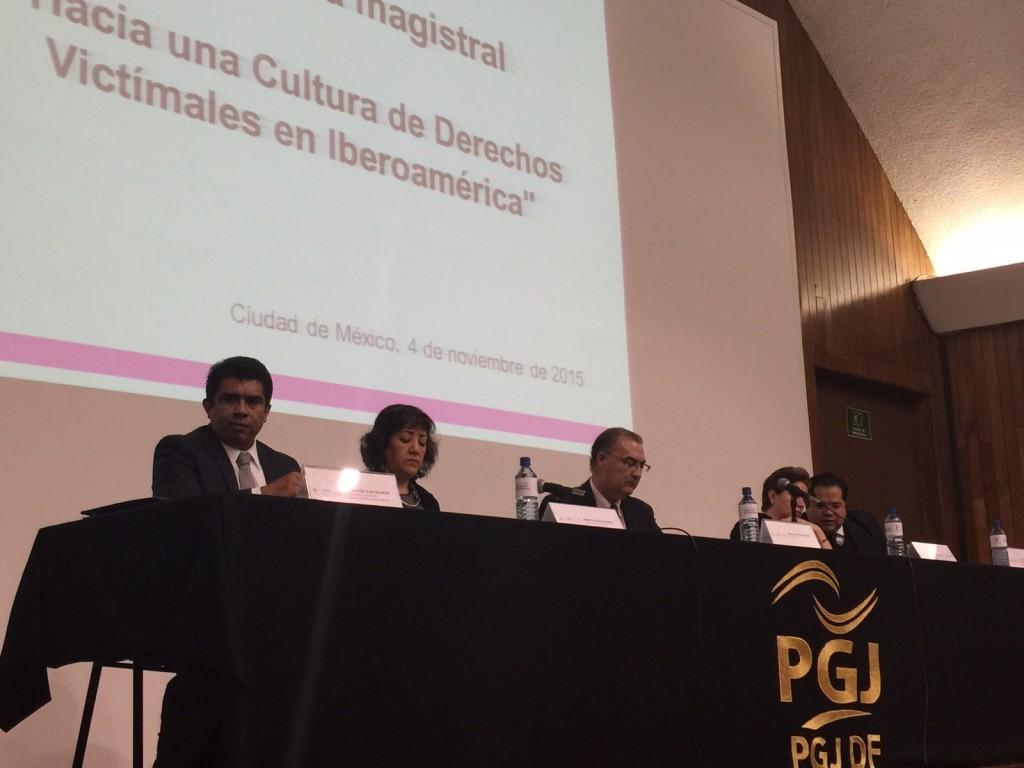 """img 20151104 wa0002 1024x768 Ponencia """"Hacia una nueva cultura de Derechos Victimales en Iberoamérica"""""""