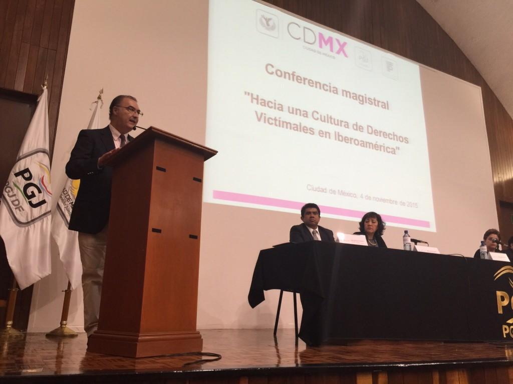 """img 20151104 wa0005 1024x768 Ponencia """"Hacia una nueva cultura de Derechos Victimales en Iberoamérica"""""""